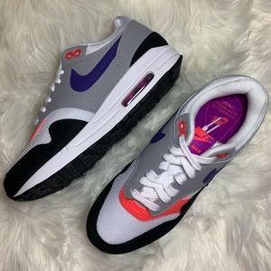Women's Nike Air Max 1